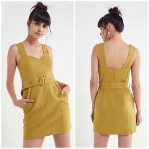 NWT UO Angelique Belted Stretch Linen Dress